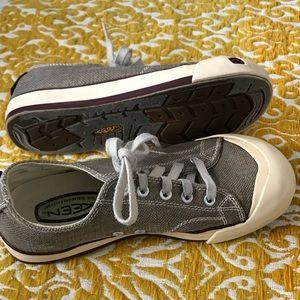 KEEN Coronado brown canvass sneakers